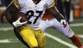 Pittsburgh Steelers running back Jonathan Dwyer (27) runs against the Cincinnati Bengals in the first half of an NFL football game, Sunday, Oct. 21, 2012, in Cincinnati. (AP Photo/Tom Uhlman)
