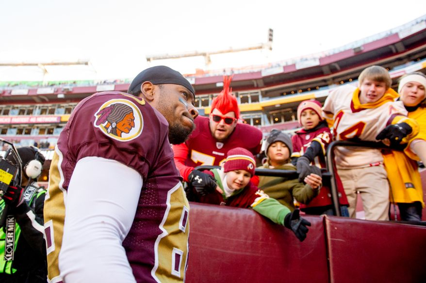 Washington Redskins wide receiver Santana Moss (89) leaves the field and did not return after a hard hit in the fourth quarter as the Washington Redskins take on the Carolina Panthers at FedEx Field, Landover, Md., Sunday, November 4, 2012. (Andrew Harnik/The Washington Times)