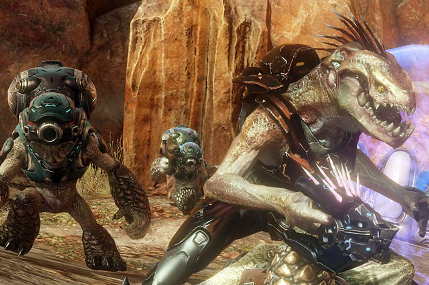 Grunts and Jackals looking for a fight in the video game Halo 4.