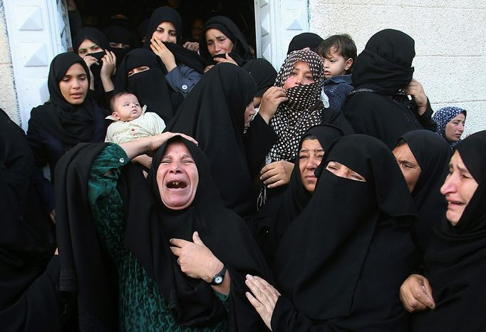 Palestinian women react during the funeral of Hisham Al Galban, a Hamas militant killed in an Israeli attack, in Khan Younis, southern Gaza Strip, on Nov. 15, 2012. (Associated Press)