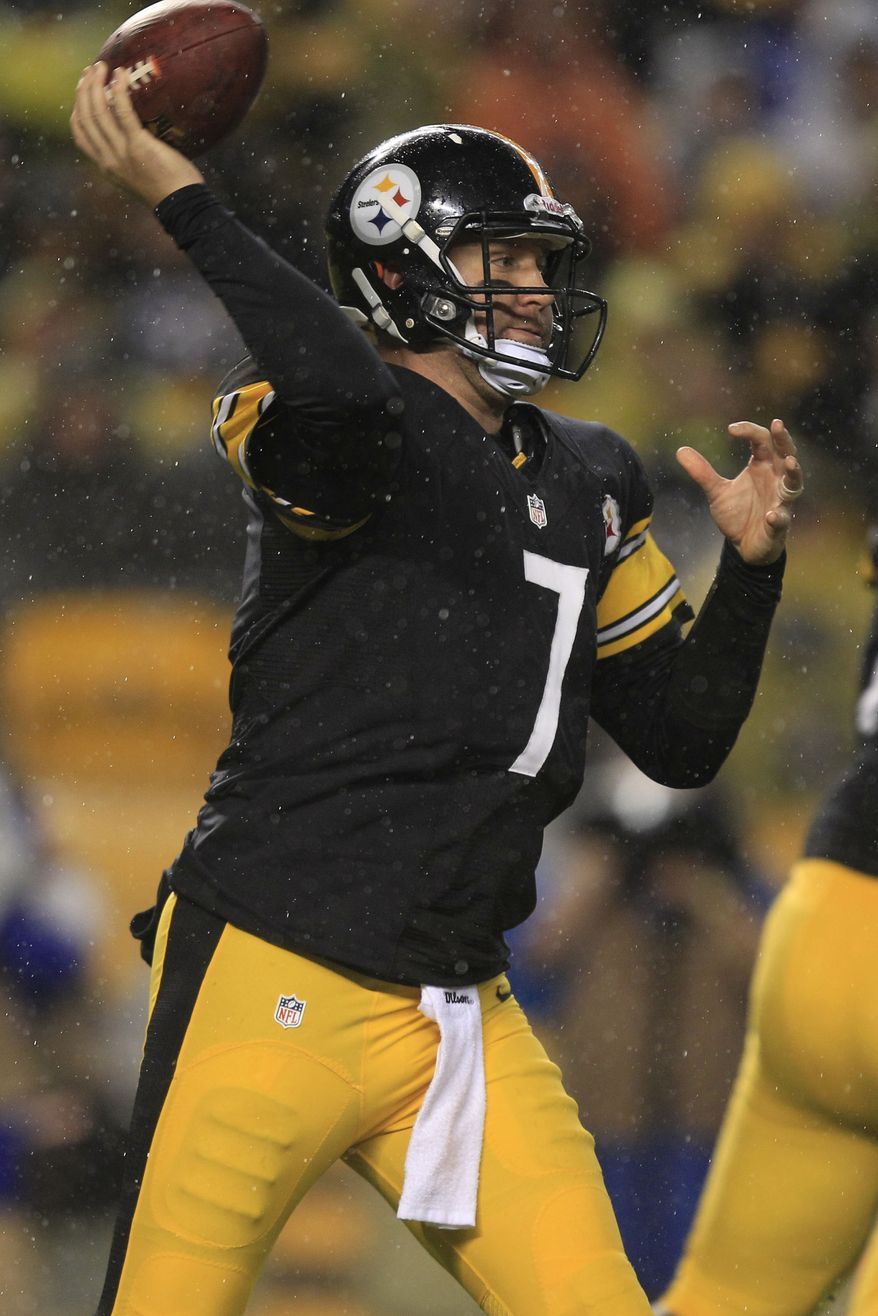 Pittsburgh Steelers quarterback Ben Roethlisberger (7) throws a pass during the first quarter of an NFL football game against the Kansas City Chiefs in Pittsburgh, Monday, Nov. 12, 2012. The Steelers won 16-13 in overtime. (AP Photo/Gene J. Puskar)