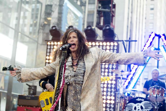 """** FILE ** In this Nov. 2, 2012, file photo, Steven Tyler of Aerosmith performs on NBC's """"Today"""" show in New York. (Photo by Charles Sykes/Invision/AP, File)"""