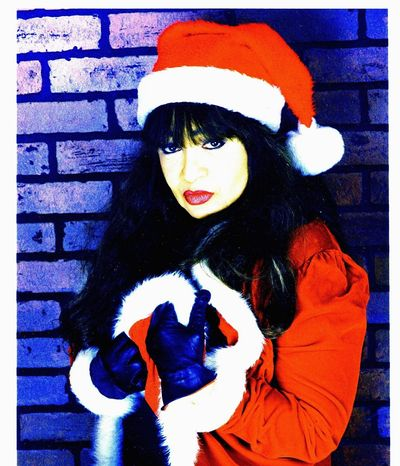 Concert: Ronnie Spector's Best Christmas Party Ever!