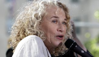 """**FILE** Singer-songwriter Carole King performs on NBC's """"Today"""" show in New York in 2010. (Associated Press)"""