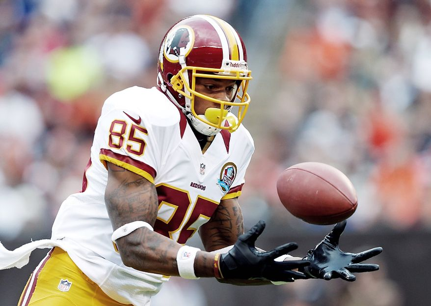 Washington Redskins wide receiver Leonard Hankerson catches a 54-yard touchdown pass against the Cleveland Browns in the first quarter of an NFL football game in Cleveland, Sunday, Dec. 16, 2012. (AP Photo/Rick Osentoski)