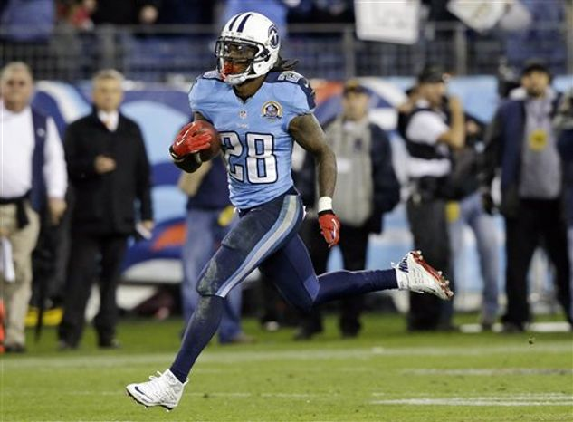 Tennessee Titans running back Chris Johnson (28) runs for a 94-yard touchdown against the New York Jets in the second quarter of an NFL game, Monday, Dec. 17, 2012, in Nashville, Tenn. (AP Photo/Wade Payne)