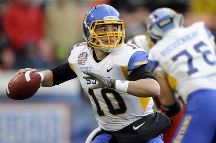 San Jose State quarterback David Fales (10) looks to pass against Bowling Green during the first half of the Military Bowl college football game, Thursday, Dec. 27, 2012, in Washington. (AP Photo/Nick Wass)