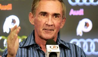 Mike Shanahan posted records of 6-10 and 5-11 in his first two seasons with the Redskins before righting the ship and leading Washington to the NFC East title. (AP Photo/Richard Lipski)