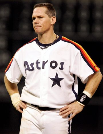 **FILE** Houston Astros' Craig Biggio grimaces during a baseball game against the Atlanta Braves in Houston on Sept. 28, 2007. (Associated Press)