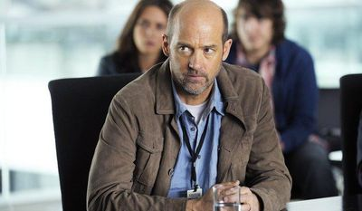 """Former 'ER' actor Anthony Edwards stars in the new television show """"Zero Hour,"""" which premieres Thursday on ABC. (AP Photo/ABC, Phillippe Bosse)"""
