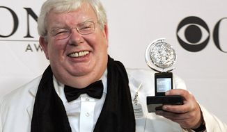 "**FILE** Richard Griffiths of ""The History Boys"" poses for a picture with his Tony for Best Performance by a Leading Actor in Play at the 60th Annual Tony Awards in New York on June 11, 2006 file photo in New York. (Associated Press)"