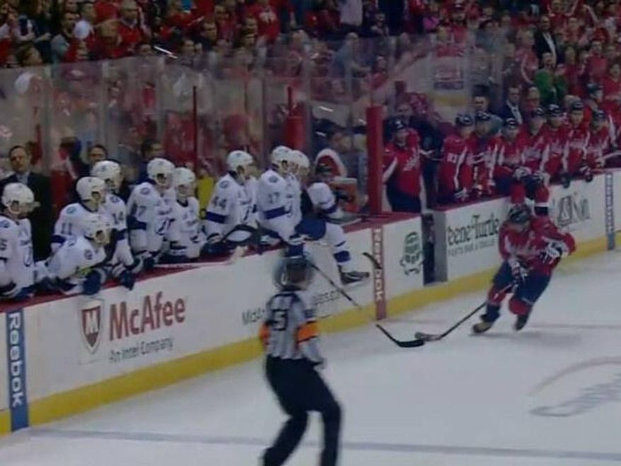 Lightning forward Alex Killorn attempted to obstruct Capitals captain Alex Ovechkin on his empty-net goal late Sunday. (Screencap courtesy @capsnskins)