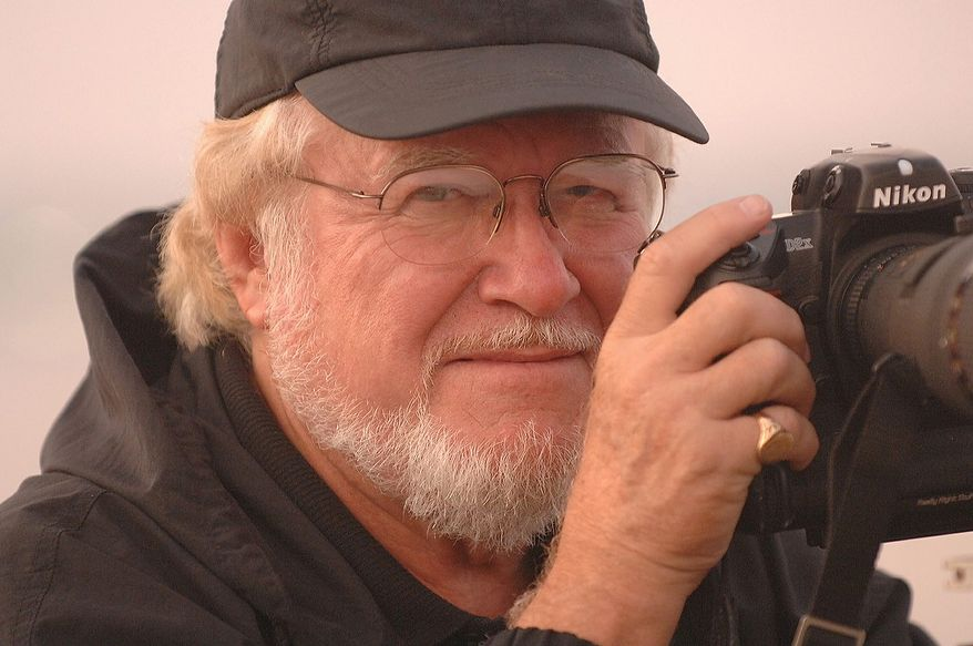 Dave Gatley is an independent photojournalist who worked with Author and photographer, Greg E. Mathieson Sr. on the newly released book, US Naval Special Warfare / US Navy SEALs. Photo: (C) 2011 Greg E. Mathieson Sr. / NSW Publications, LLC