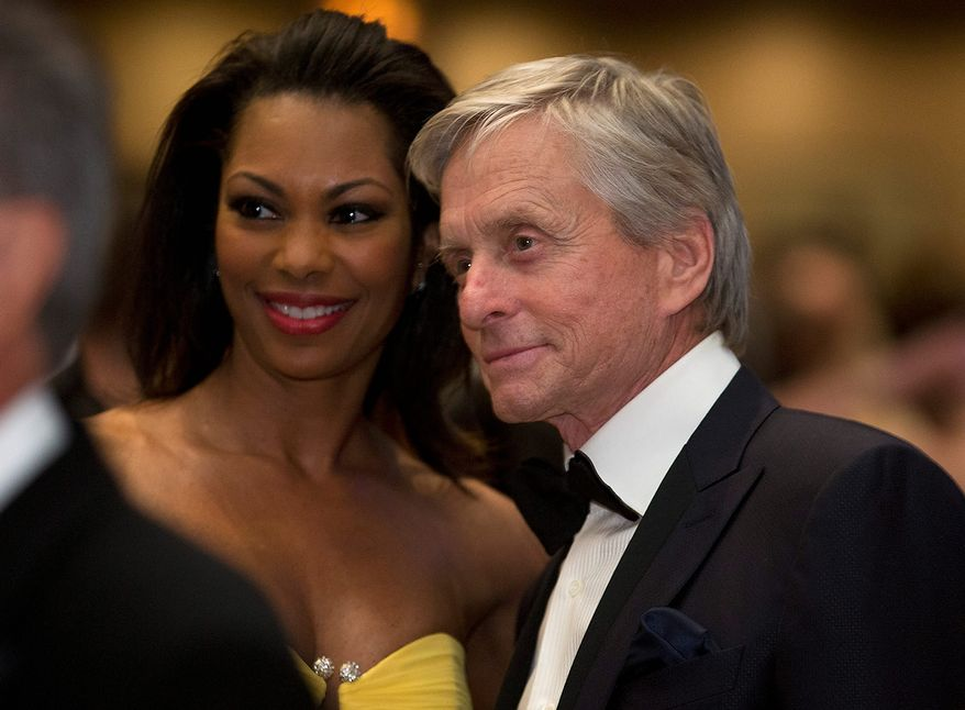 Michael Douglas poses for a photo during the White House Correspondents' Association Dinner at the Washington Hilton Hotel on Saturday, April 27, 2013, in Washington. (AP Photo/Carolyn Kaster)