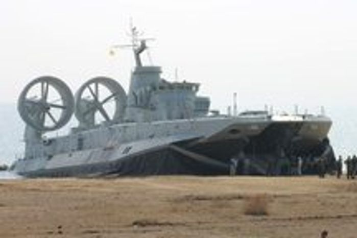 A Zubr-class air-cushioned landing craft pushes China's amphibious capability