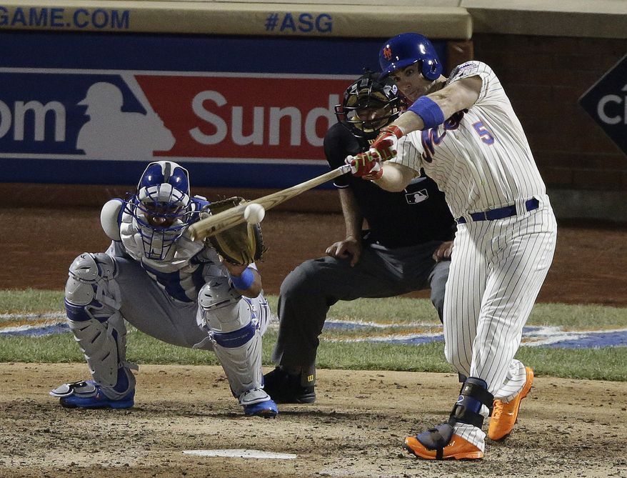 National League's David Wright, of the New York Mets, hits a single during the seventh inning of the MLB All-Star baseball game, on Tuesday, July 16, 2013, in New York. (AP Photo/Frank Franklin II)