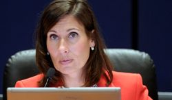 """National Transportation Safety Board Chairwoman Deborah Hersman calls Thursday for a probe of the government agency charged with ensuring the safety of tour buses, saying its own look into four crashes that killed 25 people raises """"serious questions"""" about how well the agency is doing its job. (Associated press)"""