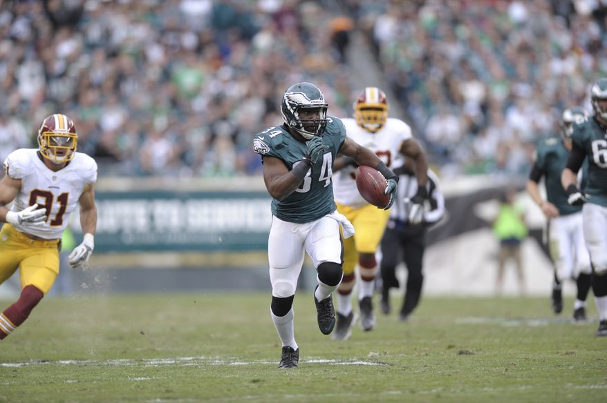 Philadelphia Eagles' Bryce Brown is seen during the first half of an NFL football game against Washington Redskins in Philadelphia, Sunday, Nov. 17, 2013. (AP Photo/Michael Perez)