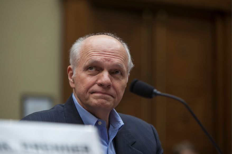 John C. Beale, former senior policy adviser at the U.S Environmental Protection Agency (Flickr/Oversight and Reform)