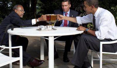President Barack Obama, Professor Henry Louis Gates Jr. and Sergeant James Crowley meet in the Rose Garden of the White House, July 30, 2009. Official White House Photo by Pete Souza