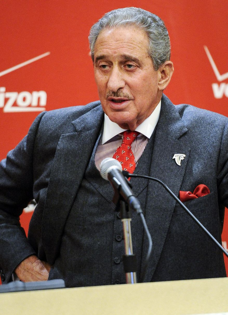 Atlanta Falcons owner Arthur Blank addresses the media during an end of season news conference on Monday, Jan. 6, 2014, in Atlanta. The Falcons finished the 2013 season 4-12. (AP Photo/John Amis)