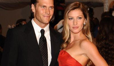 Tom Brady and Giselle Bundchen arrives at the Metropolitan Museum of Art Costume Institute gala, Monday, May 2, 2011 in New York. (AP Photo/Peter Kramer)
