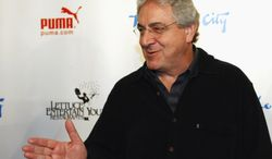 """** FILE ** In this Dec. 12, 2009, file photo, actor and director Harold Ramis walks the Red Carpet as he arrives to celebrate The Second City's 50th anniversary in Chicago. An attorney for Ramis said the actor died Monday morning, Feb. 24, 2014, from complications of autoimmune inflammatory disease. He was 69. Ramis is best known for his roles in the comedies """"Ghostbusters"""" and """"Stripes."""" (AP Photo/Jim Prisching)"""