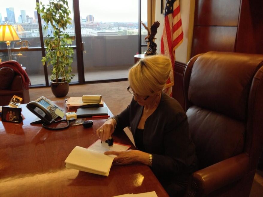 Arizona Gov. Jan Brewer vetoes SB 1062 on Wednesday, February 26, 2014 (@GovBrewer)