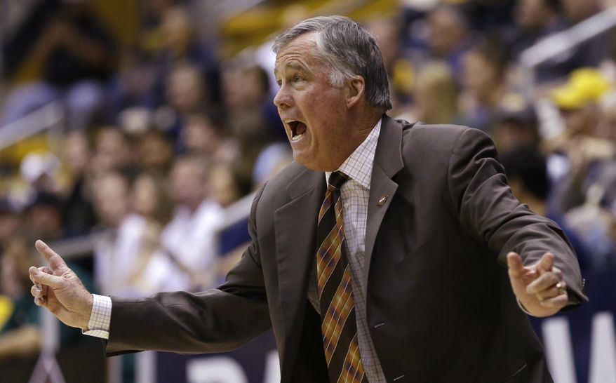 California coach Mike Montgomery reacts on the sideline in the first half of an NCAA college basketball game against Utah Valley in the NIT tournament Wednesday, March 19, 2014, in Berkeley, Calif. (AP Photo/Ben Margot)