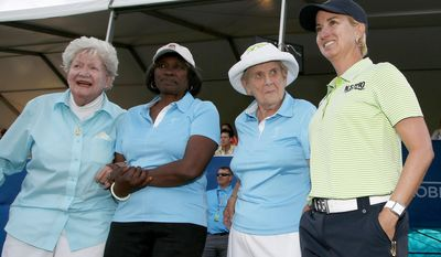 "Karrie Webb, right, of Australia, poses with LPGA Founder Marilynn Smith, left, LPGA ""Pioneer"" Renee Powell, second from left, and LPGA Founder Shirley Spork, second from right, as Webb arrives for ceremonies after winning the LPGA Founders Cup golf tournament on Sunday, March 23, 2014, in Phoenix. (AP Photo/Ross D. Franklin)"