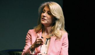Wendy Davis    Associated Press photo