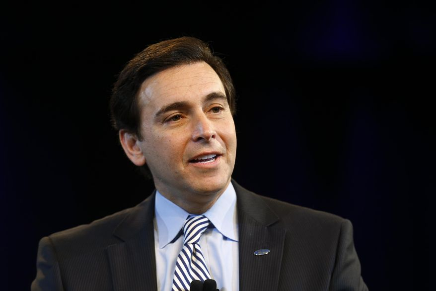 Ford Motor Company Chief Operating Officer Mark Fields speaks during a news conference in Dearborn, Mich., Thursday, May 1, 2014. Ford announced Fields will replace CEO Alan Mulally, who is retiring July 1. (AP Photo/Paul Sancya)