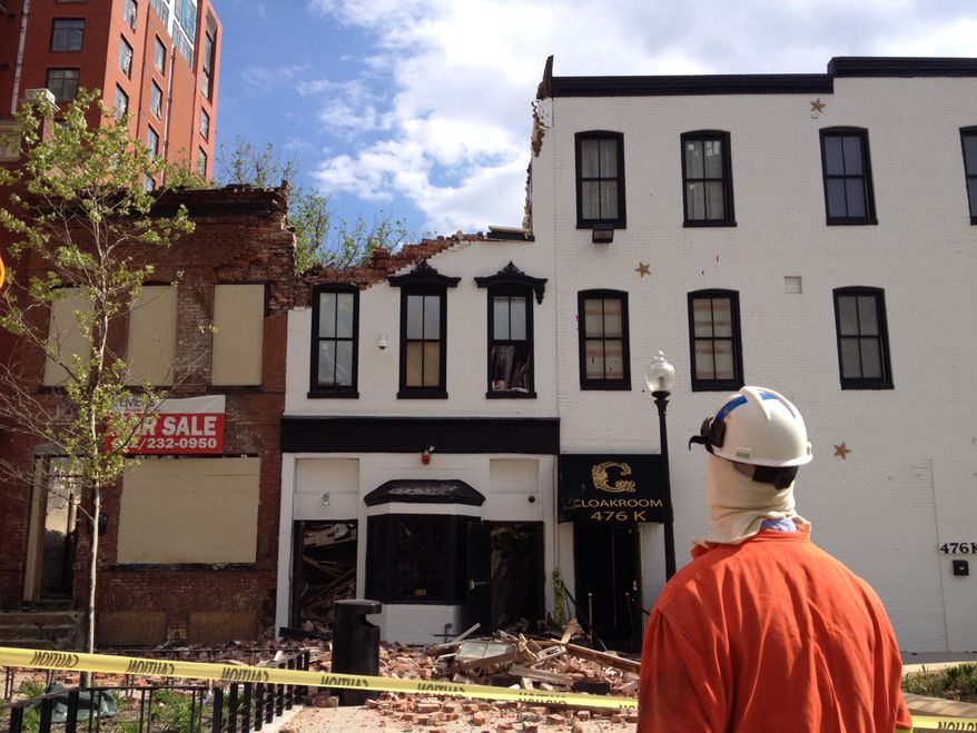 Building collapse on K St. and 5th St. NW. Khalid Naji-Allah/ Special to the Washington Times