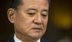 Veterans Affairs Secretary Eric Shinseki pauses while testifying on Capitol Hill in Washington, Thursday, May 15, 2014, before the Senate Veterans Affairs Committee hearing to examine the state of Veterans Affairs health care. (AP Photo/Cliff Owen)
