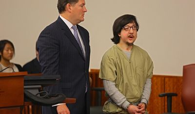 FILE - David Renz, right, 29, stands next to his defense attorney Ken Moynihan in Onondaga County Court in this July 17, 2013 file photo taken in Syracuse, N.Y.  Federal authorities have decided against seeking the death penalty for the upstate New York man who cut off his electronic monitoring bracelet, then raped a 10-year-old girl and killed her mother last year, U.S. Attorney Richard Hartunian said Wednesday May 14, 2014.    (AP Photo/The Syracuse Newspapers, Dick Blume, File)