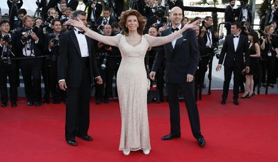 FILE - In this Tuesday, May 20, 2014 file photo, actress Sophia Loren arrives for the screening of Two Days, One Night (Deux jours, une nuit) at the 67th international film festival, Cannes, southern France. (AP Photo/Alastair Grant, File)