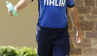 Italy striker Giuseppe Rossi participates in a team training session at Coverciano training grounds, in Florence, Monday, May 26, 2014. In Brazil, Italy is in Group D with England, Uruguay and Costa Rica. (AP Photo/Fabrizio Giovannozzi)
