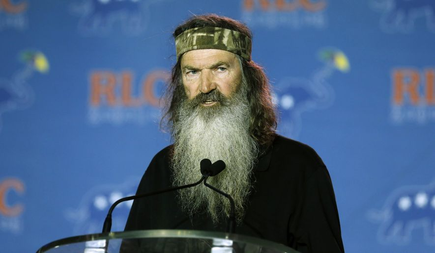 Phil Robertson addresses the Republican Leadership Conference in New Orleans on May 29, 2014. (Associated Press) **FILE**