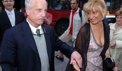 """**FILE** Oscar-winning American actor Richard Dreyfuss and his wife, Svetlana, arrive for the world premiere of the musical """"Rudolf"""" at the Budapest Operetta Theater in Budapest on May 26, 2006. (Associated Press)"""
