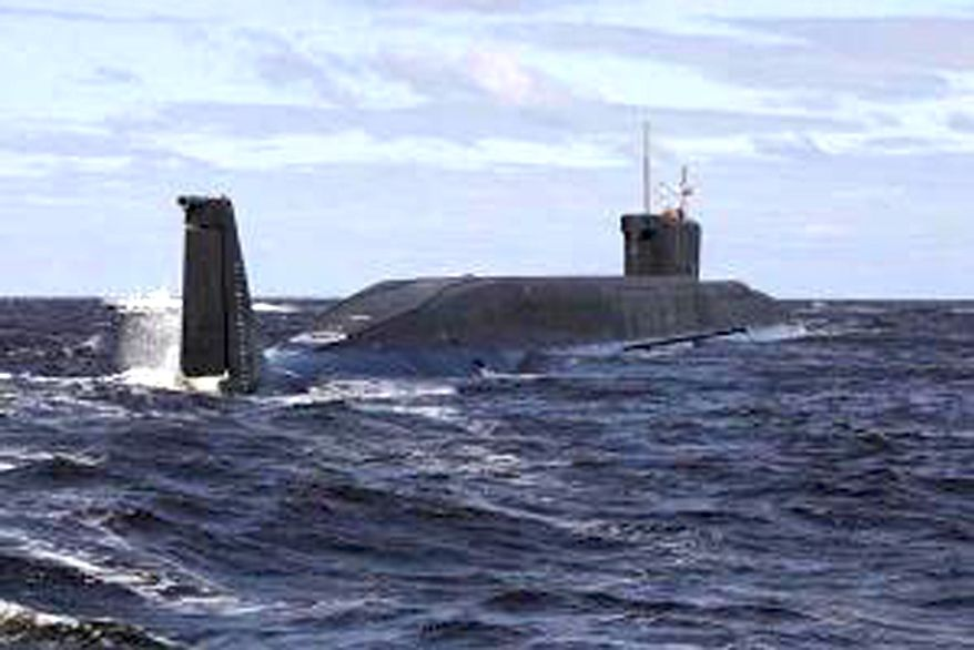 The Russian nuclear submarine Yury Dolgoruky. (Associated Press) ** FILE **
