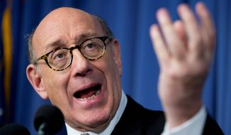 Kenneth Feinberg, the independent claims administrator for the General Motors Ignition Compensation Program, announces the details of the program, including eligibility, scope and submissions. (Associated Press)