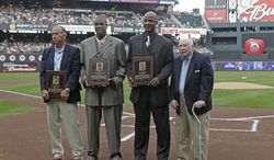 "FILE - In this Aug. 1, 2010 file photo, from left, former New York Mets manager Davey Johnson, former Mets pitcher Dwight ""Doc"" Gooden, former Mets outfielder Darryl Strawberry, and former Mets general manager Frank Cashen pose after their induction into the Mets Hall of Fame before the Mets baseball game against the Arizona Diamondbacks at Citi Field in New York. The Mets say Cashen has died. He was 88. The team says Cashen died Monday, June 30, 2014,  at a hospital in Easton, Maryland. (AP Photo/Kathy Willens, File)"