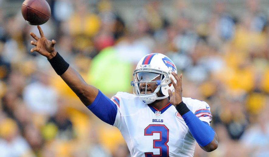 Buffalo Bills quarterback EJ Manuel (3) passes in the first quarter of the NFL football preseason game against the Pittsburgh Steelers on Saturday, Aug. 16, 2014, in Pittsburgh. (AP Photo/Don Wright)