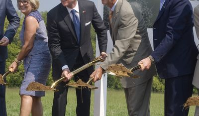 From left, Rep. Diane Black (R-TN), Commissioner of Economic and Community Development Bill Hagerty, Tennessee Gov. Bill Haslam, Beretta Executive V.P. Franco Gussalli Beretta breaks ground at the new Beretta facility in Gallatin, Tn. on Thursday, October 28, 2014.  (Washtington Times, Martin B. Cherry)