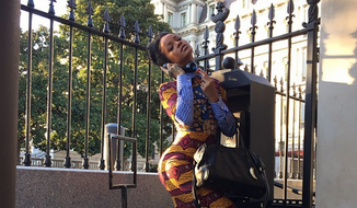 "Rihanna spent Monday posing for photos around the White House and channeling her inner Kerry Washington from the hit ABC series ""Scandal."" (Instagram/@badgalriri)"