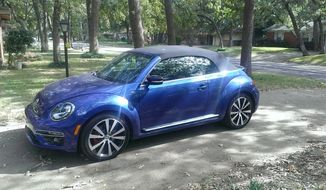 2015 Beetle Convertible 2.0T R-Line (Photo by Rita Cook)