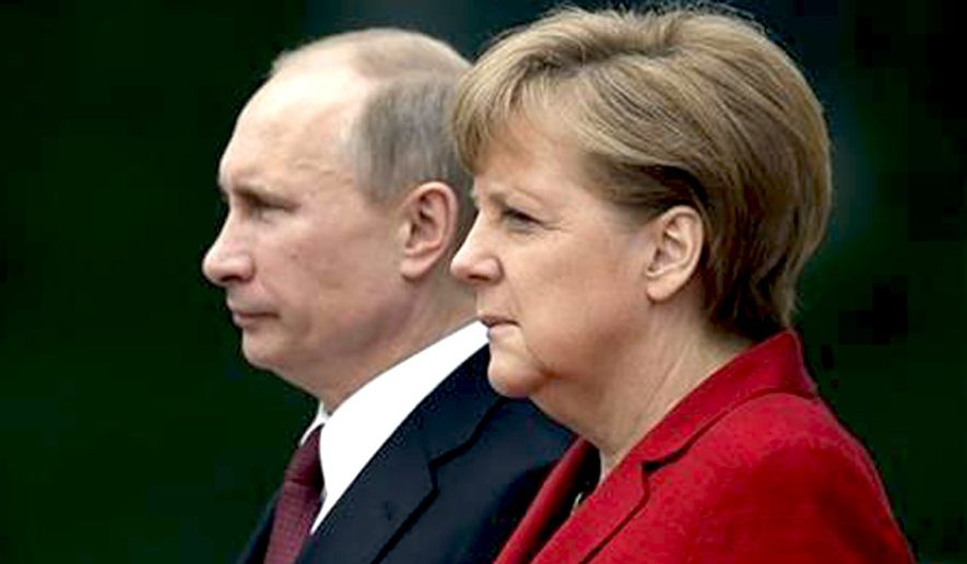 Resultado de imagen para Putin and Merkel june 2012 photos