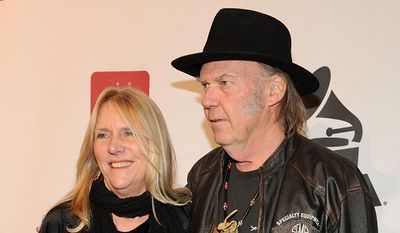 Neil young and wife Pegi Young divorced after 36 years of marriage. (Photo by Frank Micelotta/Invision/AP)