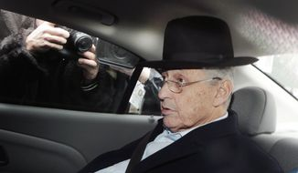 New York Assembly Speaker Sheldon Silver is transported by federal agents to federal court, Thursday, Jan. 22, 2015, in New York. Silver, who has been one of the most powerful men in Albany for more than two decades, was arrested Thursday on public corruption charges. (AP Photo/Mark Lennihan)