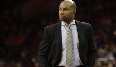 New York Knicks' Derek Fisher in action during an NBA basketball game against the Philadelphia 76ers, Wednesday, Jan. 21, 2015, in Philadelphia. (AP Photo/Matt Slocum)